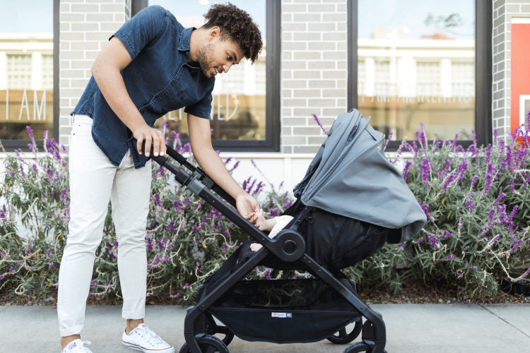 5 Reasons to Love our Ergobaby 180 Reversible Stroller